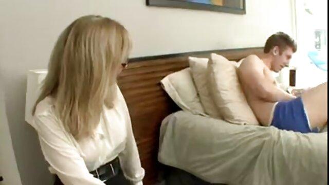 فیلم خصوصی سکس زوری با مادر من